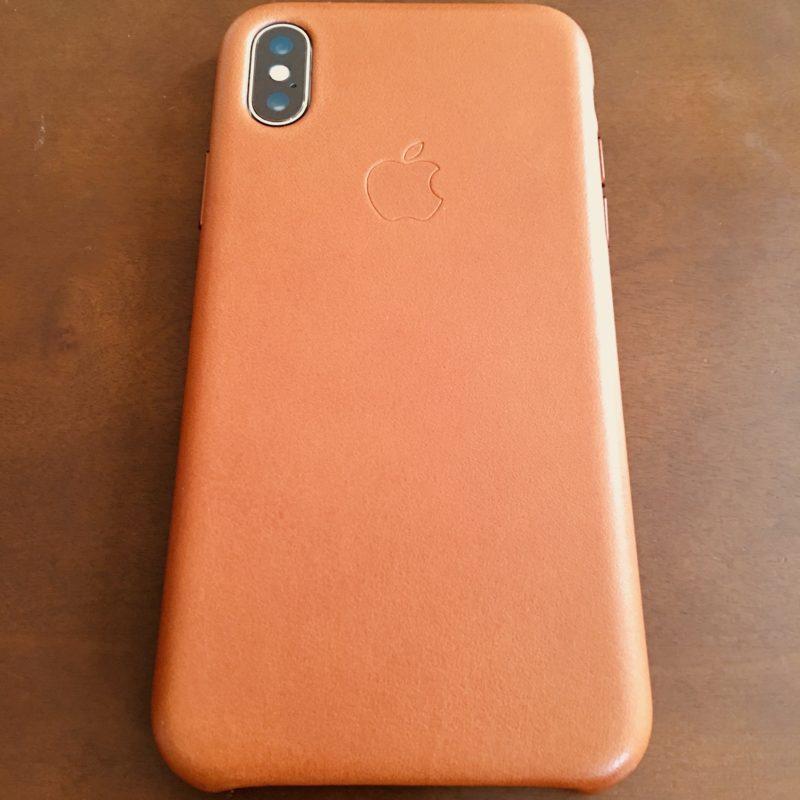 iPhone X 純正レザーケース 背面